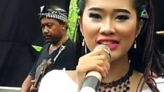 Edan Turun - Ajeng Sekar Kirana - Dangdut Pantura Dewi Kirana