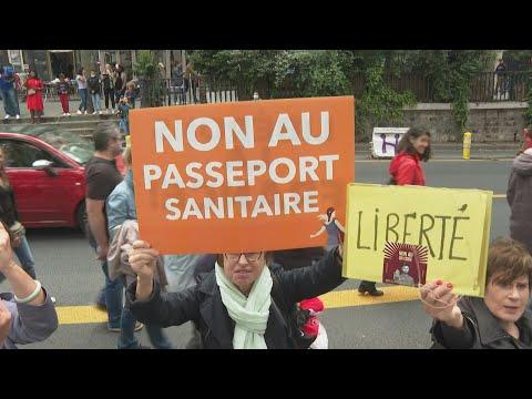 Miles de personas protestan en Francia contra el certificado sanitario anticovid | AFP