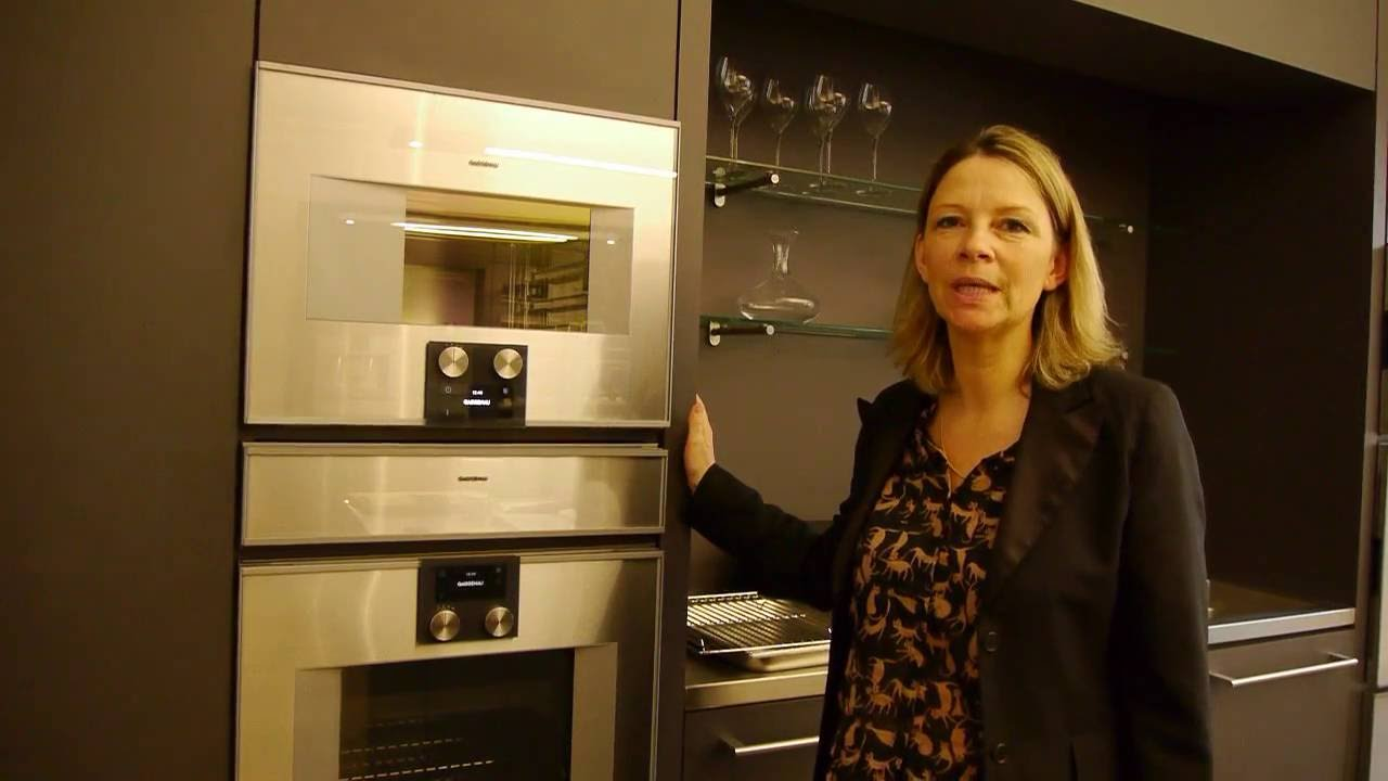 gaggenau four combi vapeur s rie 400 d monstration youtube. Black Bedroom Furniture Sets. Home Design Ideas