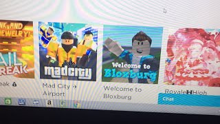 Playing Roblox you choose what to play