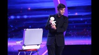 Lioz Shem Tov, magicianul care nu face trucuri! Şi-a pierdut bagajul și a fost nevoit să improvizeze