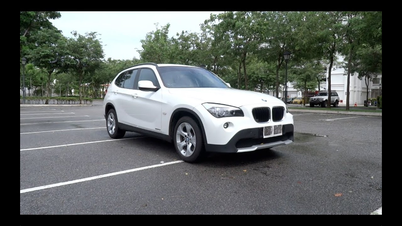 2011 bmw x1 sdrive18i start up full vehicle tour 0 100km. Black Bedroom Furniture Sets. Home Design Ideas
