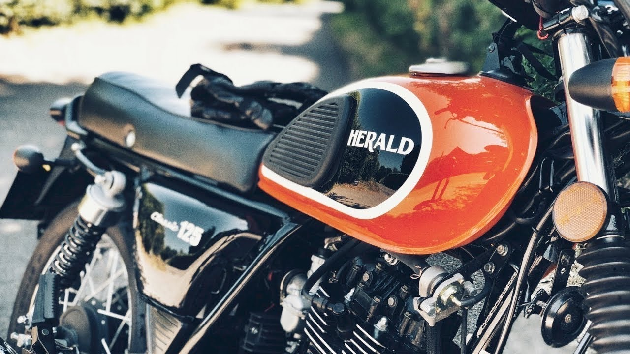 Herald 125 Classic - My thoughts after a year