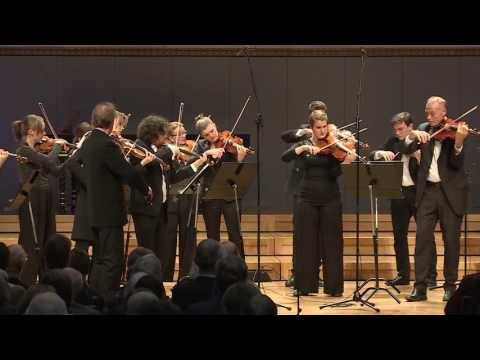 Antonin Dvorak: Serenade for strings, Op. 22, 2. Menuetto