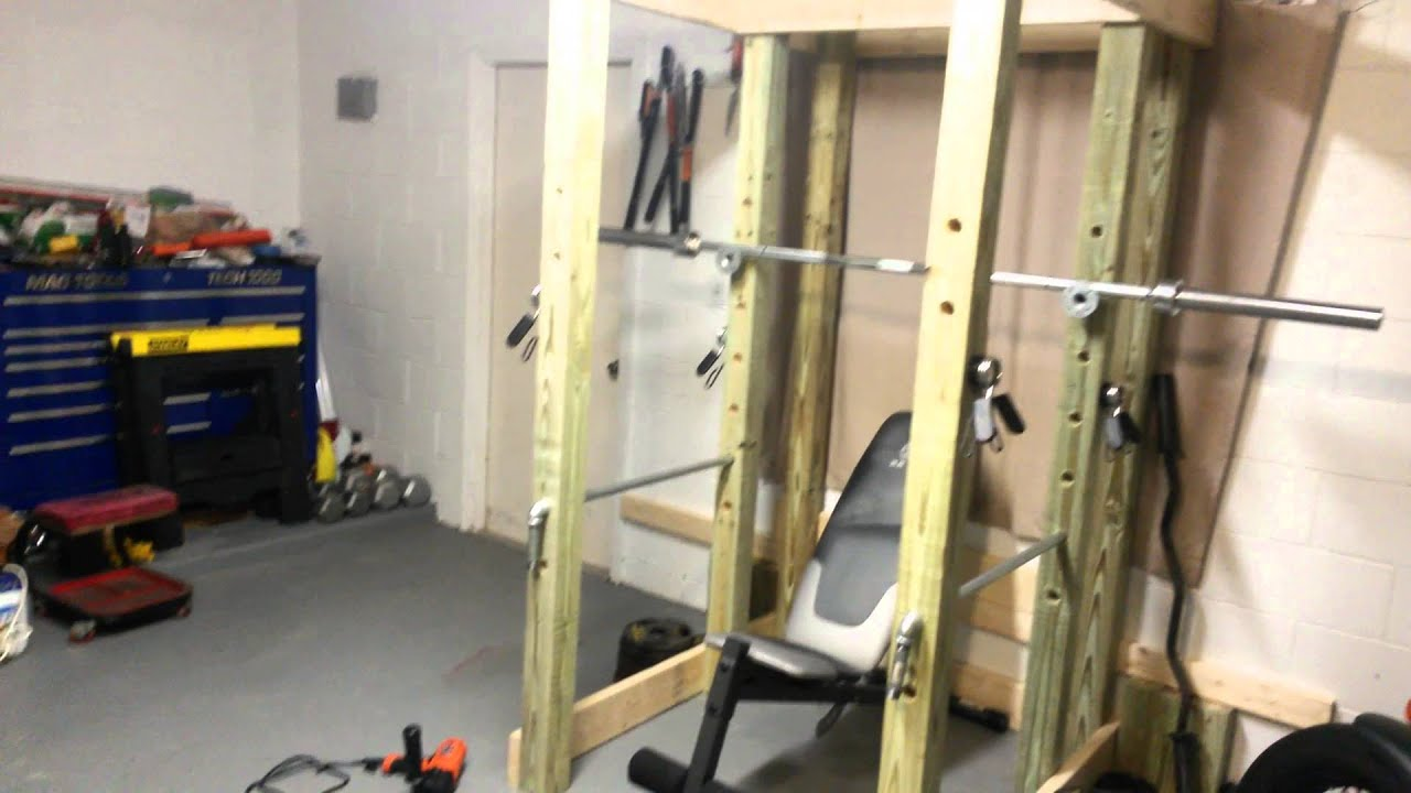 Power rack selber bauen  Home DIY Power Rack - YouTube