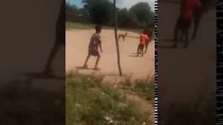 Terror: unos nenes filmaron a un duende en un potrero en Santiago del Estero