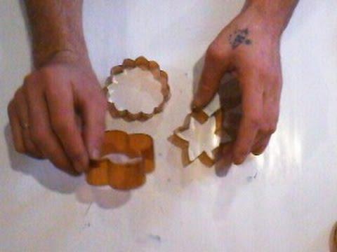 Печенье любой формы , руками детей.