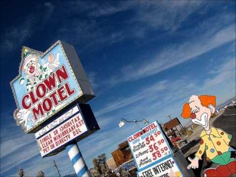 Longmont Potion Castle - Clown Motel