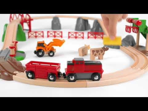 BRIO World - 33984 Animal Farm Set