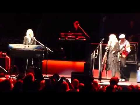 Fleetwood Mac Little Lies live 10 19 14 Columbus OH On With The Show tour