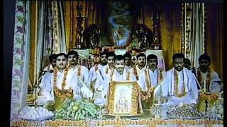 Powerful Vedic Chanting of pundits in India-Maharishi channel