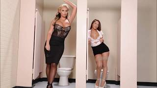 Phoenix Marie With Summer Brielle  -  Sexy Pic  -