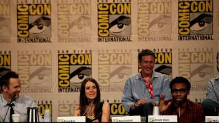 Donald Glover (Troy) does homeless man at Comic-Con, Community Panel 2010