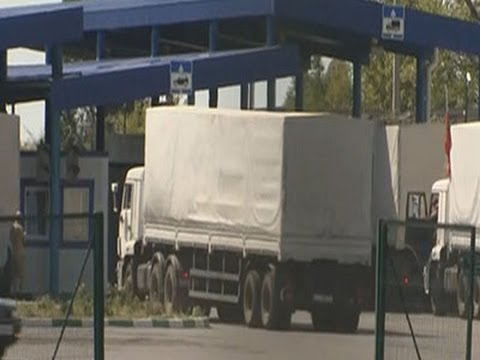 Raw: Russian Aid Convoy Arrives in Ukraine