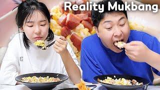 (리얼리티 먹방) 노릇노릇한 스팸 한가득 스팸덮밥ㅣA bowl of rice topped with spamㅣReality mukbangㅣReal soundㅣEating showㅣ