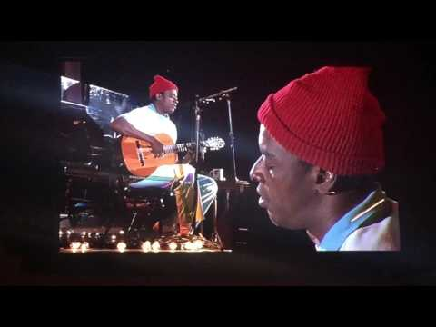 Seu Jorge ~ Life On Mars (Bowie) ~ Hollywood Bowl