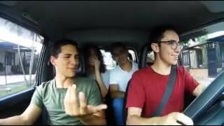Cuando Tus Amigos Eligen La Musica En El Carro