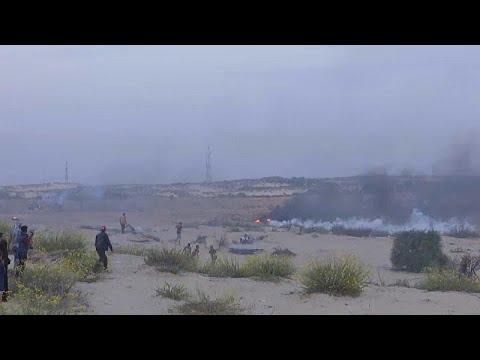 إسرائيل تطلق الغازات المسيلة للدموع على قافلة بحرية تطالب بكسر الحصار غلى غزة…  - نشر قبل 2 ساعة