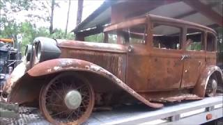 EARLY 30'S CHRYSLER SEDAN BURNT BUT RESCUED