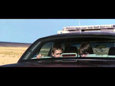 COCHE POLICIAL (COP CAR) - Tráiler español