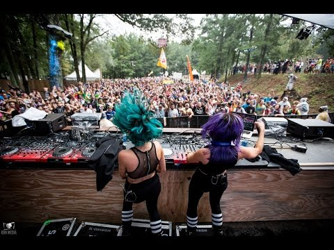 DUELLE // TOMORROWWORLD 2015 OFFICIAL AFTERMOVIE