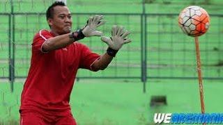 Achmad Kurniawan  Kiper Arema FC Tutup Usia