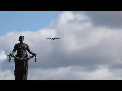 Воздушный парад в Петербурге