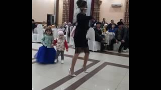 Тойдогу танца кыргызча