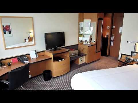 Swissotel Zurich Hotel: Video of room 2116