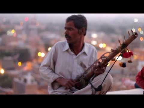 Keshariya Balam - Padharo Mhare Desh - Instrumental
