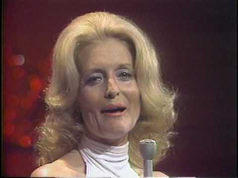 Constance Towers peforms Hark Now Hear the Angels Sing 1972