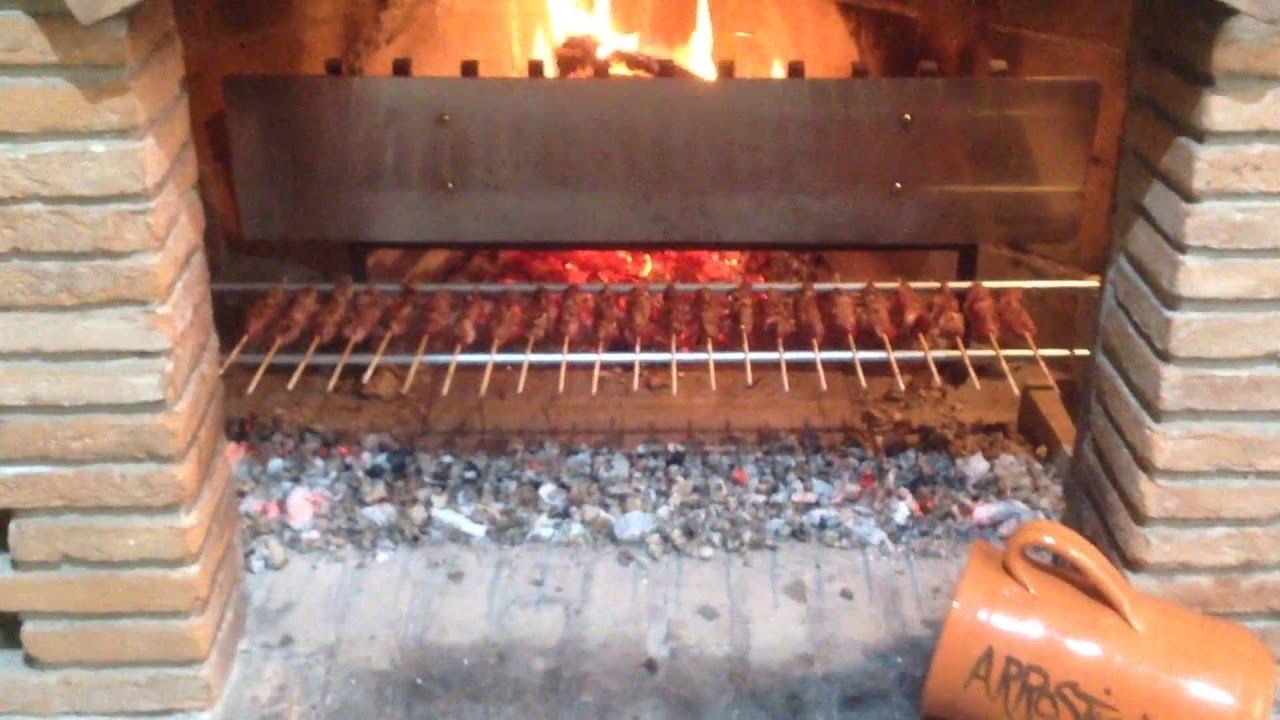 Arrosticini di pecora al caminetto youtube for Cuocere v cucinare