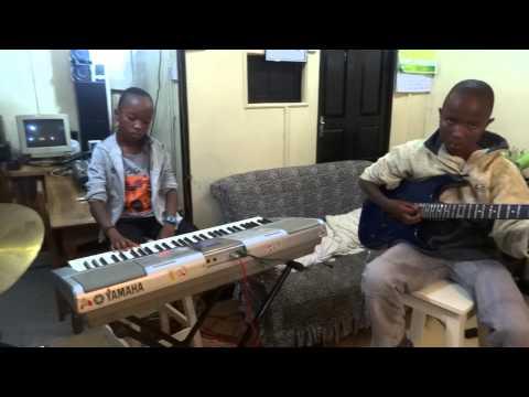 Rail On by Papa Wemba