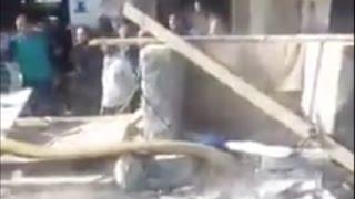 بالفيديو.. غرق شوارع المحلة بمياه ملوثة بمواد كميائية
