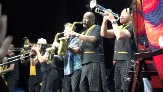 Earth Wind And Fire Chicago September I just want to be free Heart and Soul Live 7.15.15.mp3