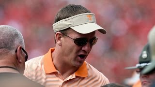 Peyton Manning Visits Tennessee Practice | CampusInsiders