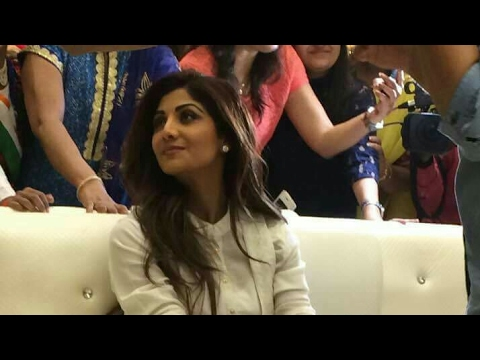 Shilpa shetty in Nucleus Mall Ranchi.