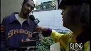 Nardwuar vs. Snoop Dogg (2002)