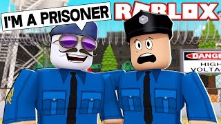 CRIMINAL DISGUISING AS A COP (ROBLOX JAILBREAK TROLLING)