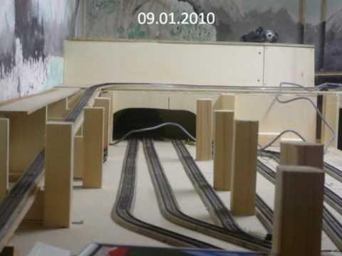 fotoserie 1 modelleisenbahn m rklin h0 neubau schattenbahnhof gleiswendel lokschuppen. Black Bedroom Furniture Sets. Home Design Ideas