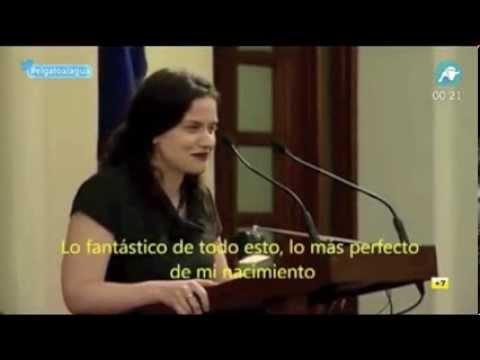 El testimonio de Gianna Jessen, la mujer que sobrevivió al aborto salino de su madre