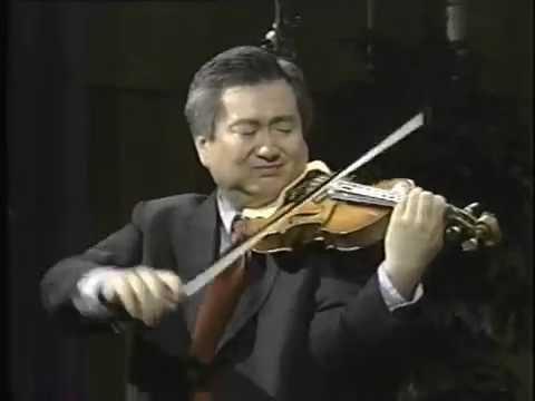 Chin Kim Bach Ciaccona recital VOA