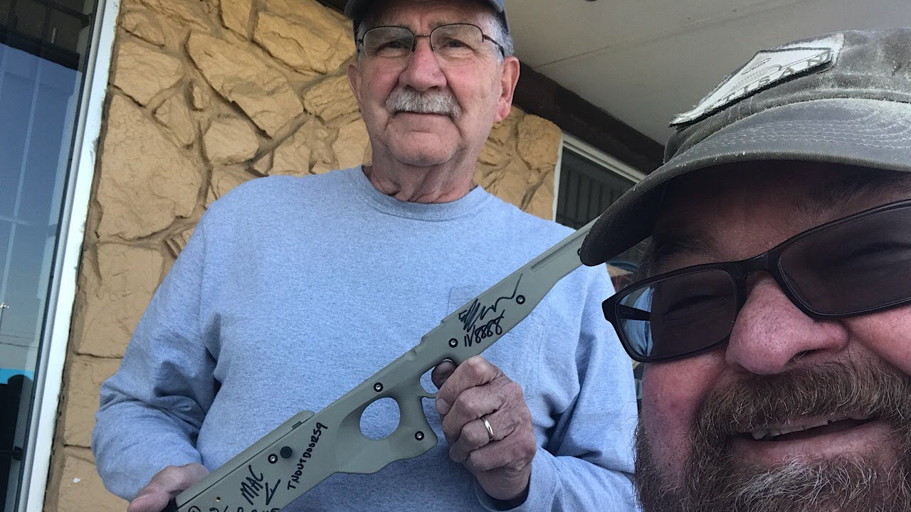 Hickok45 Signs Cricketts to Benefit Vets