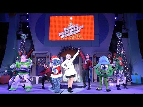 A Totally Tomorrowland Christmas Full Show 2018 with Buzz Lightyear, Mike Wazowski & Stitch