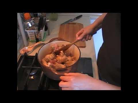 Как потушить утку с картошкой в кастрюле