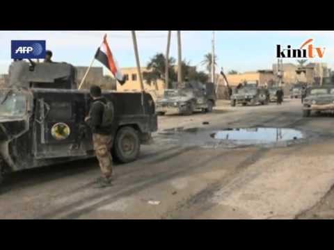 Tentera Iraq megah kibar bendera negara sendiri