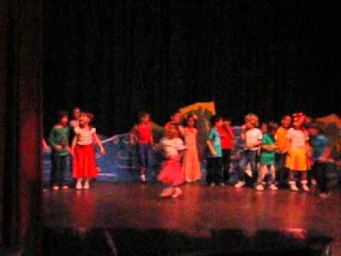 Baile en donde no MUEREN NIÑOS