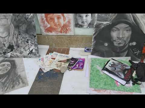 Street artist in Bogota Colombia October 17, 2017
