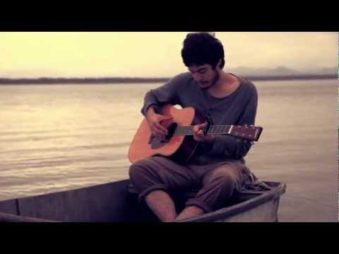 Tiago Iorc - Story of a Man (Acoustic on a boat) - Part 2 Vídeos De Viagens