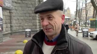 Чего киевляне ожидают от национализации ПриватБанка?(Кабинет министров Украины на внеочередном заседании 18 декабря принял решение передать в государственную..., 2016-12-19T14:18:13.000Z)
